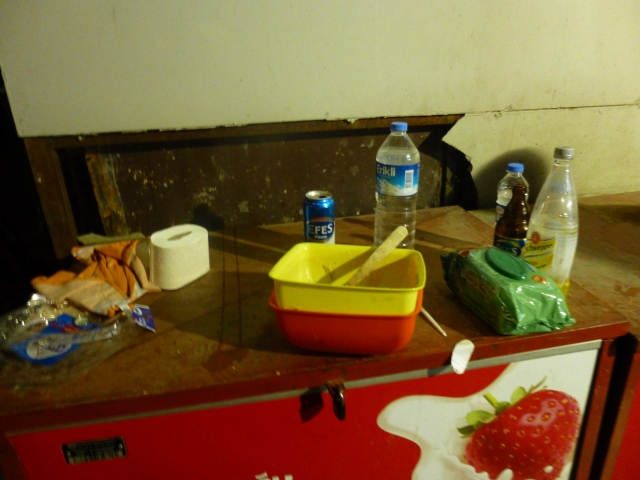Food for Protesters- somewhere in Beyoğlu, probably, 2:00 am 16/6